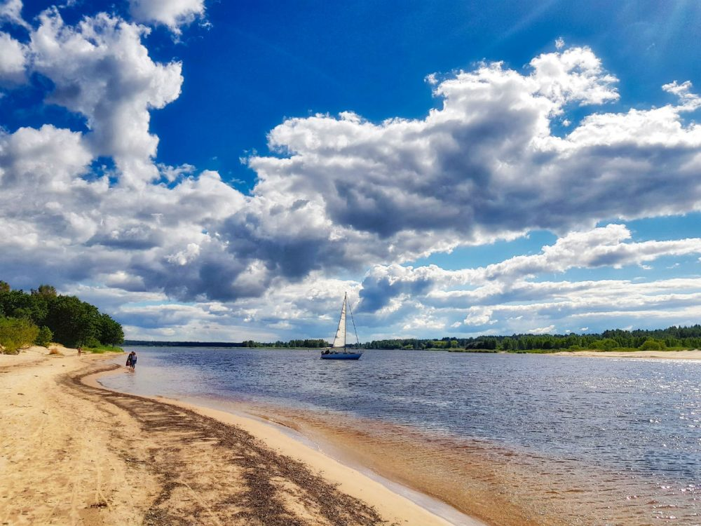Day tours from Riga_Hiking_idaadventures_escaperies